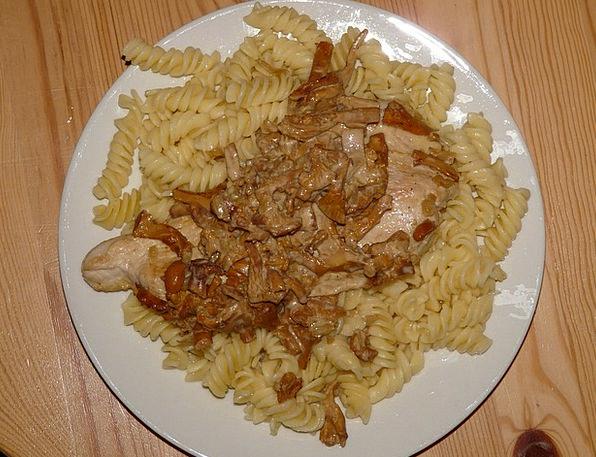 Sliced Shared Drink Food Meat Essence Noodles Eat