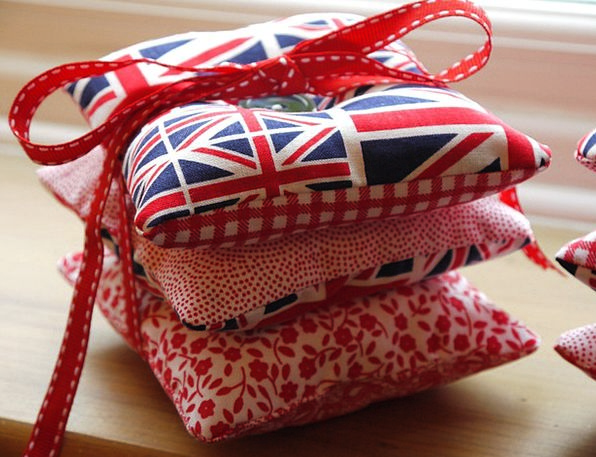 Cushion Pillow Craft Industry Sewing Stitching Han