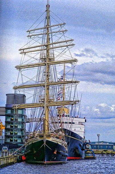 Sea Marine Vacation Vessels Travel Royalty Royals