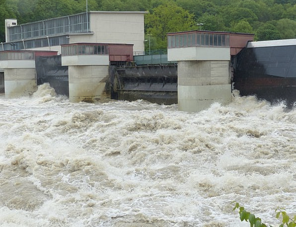 Lock Padlock High Water Weir Wet Dam Barrier Slurr