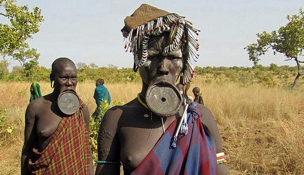 Mursi Public Lip Plate People Ethnic Group Indigen