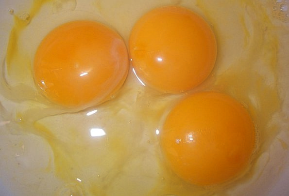 Eggs Spawns Drink Food Breakfast Mealtime Yolks In