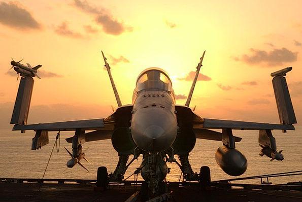 Hornet Aircraft Carrier F A 18 War Uss John C Sten