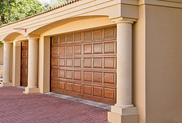 Real-Estate Buildings Architecture Doors Entrances