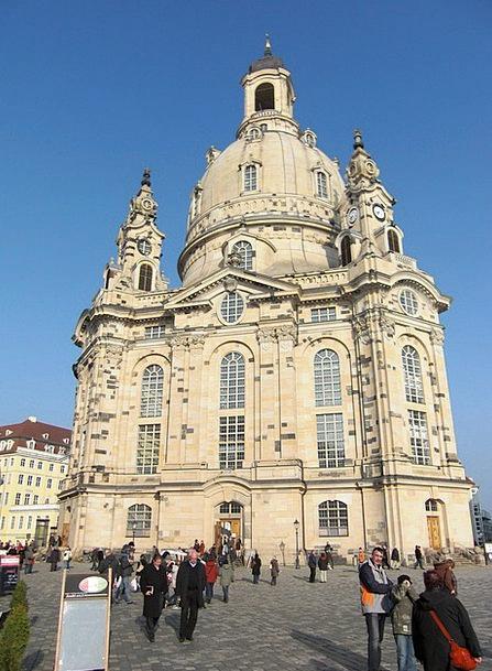Frauenkirche Church Ecclesiastical Dresden Archite