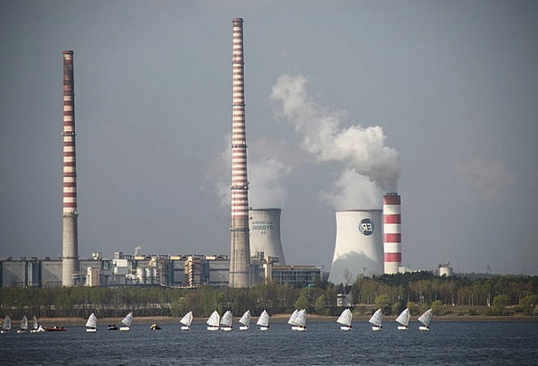 Power Station Burn Chimneys Funnels Smoke Sails Na