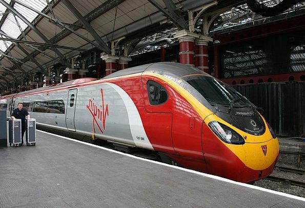 Train Pullman Liverpool Bullet Train