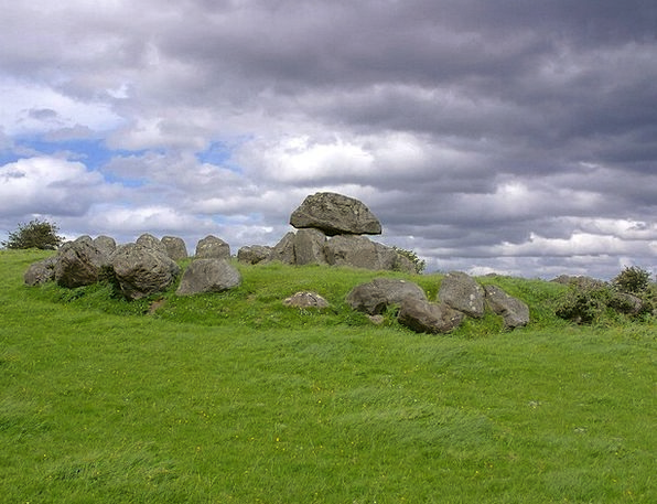 Dolmen Megalith Church Tomb Catacomb Place Of Wors