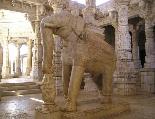 India Shrine Elephant Monster Temple Statue Figuri