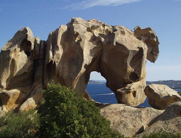 Sardinia Bear Tolerate Capo D'Orso Granite Stonewo