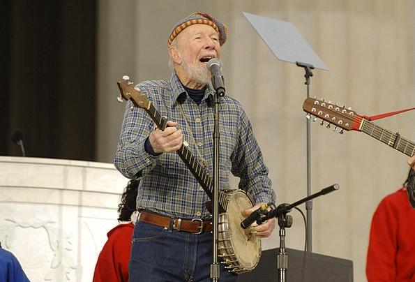 Pete Seeger Entertainer Performer Folk Music Legen