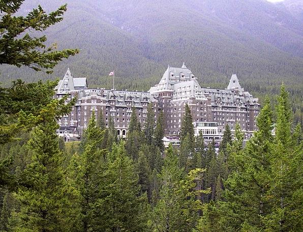 Hotel Guesthouse Vacation Travel Banff Alberta Lan