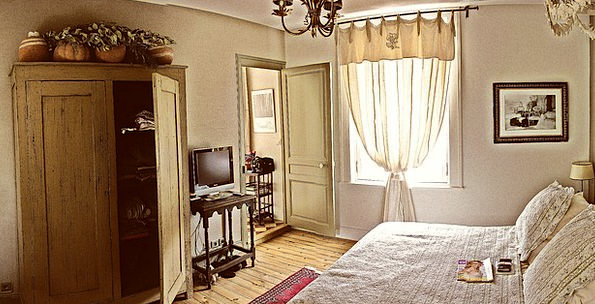 Hotel Guesthouse Vacation Travel Normandy Honfleur