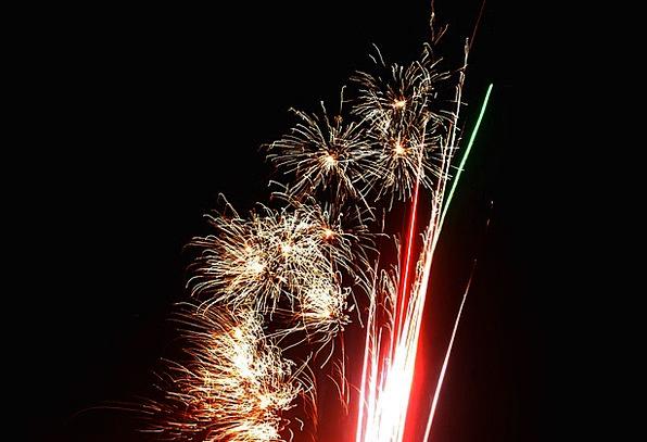 Fireworks Detonate Rockets Skyrockets Explode Ligh
