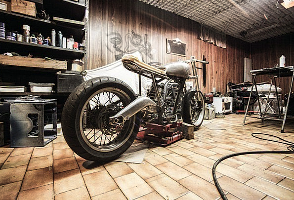 Motorbike bike craft industry repairs maintenances for Garage reparation moto