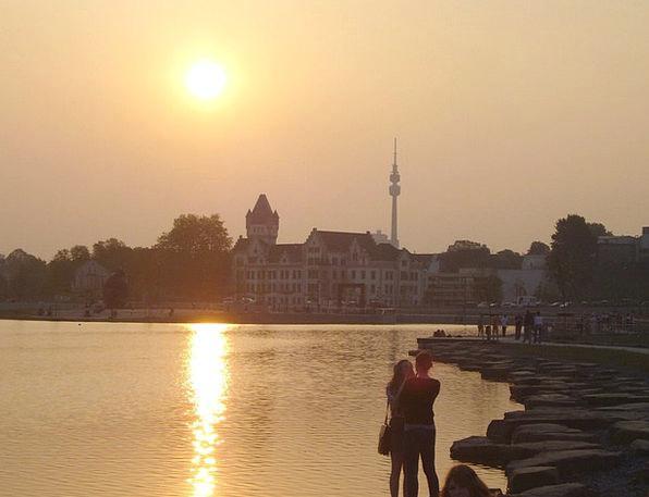 Phoenix Lake Romance Latin-based Dortmund