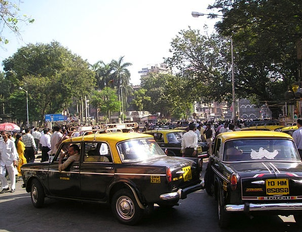 India Traffic Transportation Bombay Mumbai Taxi Ca