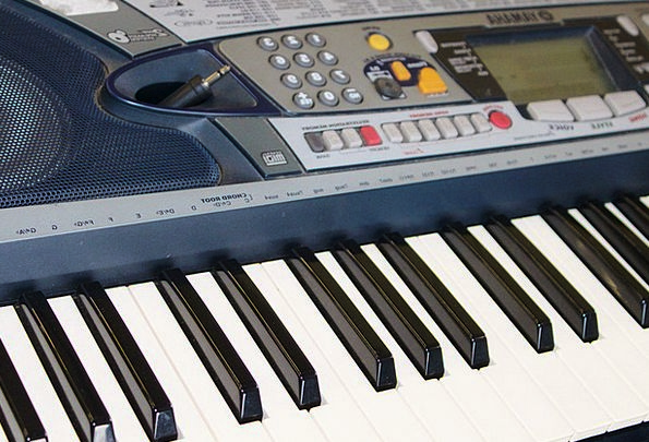 Keyboard Console Piano Musical Instrument Epiano B