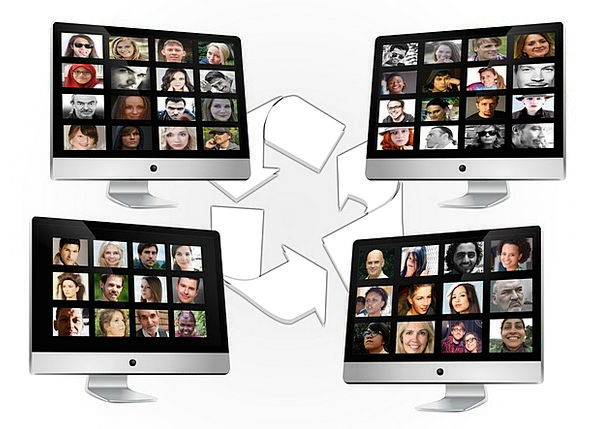 Social Media Communication Computer Exchange Conve