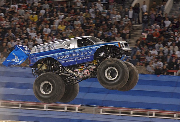 Monster Truck Traffic Gridlock Transportation Rall