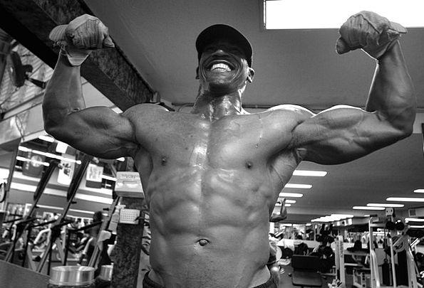 Pearl Harbor Bodybuilder Weightlifter Hawaii Muscu