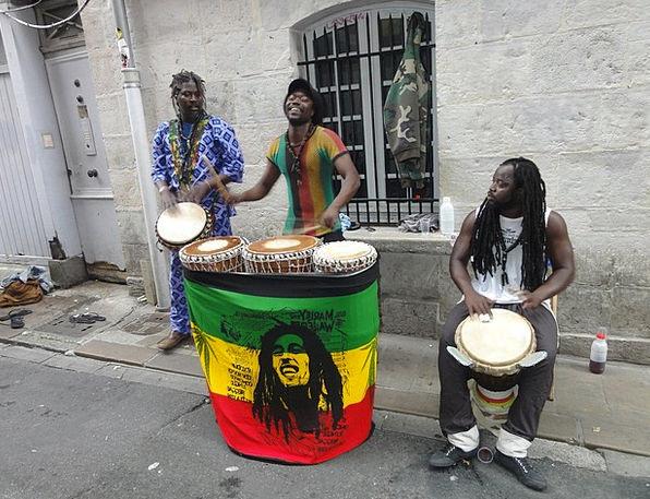 Bayonne Men Menfolk France Outside Music Melody In