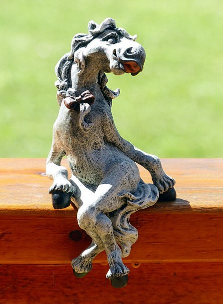 Horse Mount Figurine Stone Pebble Statue Sculpture