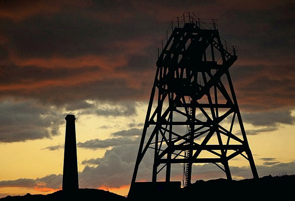 Drilling Tower Buildings Funnel Architecture Facto