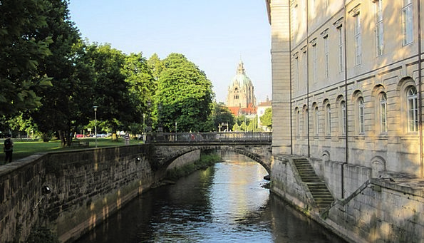 Hanover Lead High Banks Leash Lower Saxony Old Tow