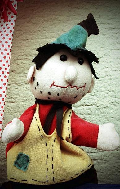 Doll Toy Puppet Theatre Play Doll Predator Maraude