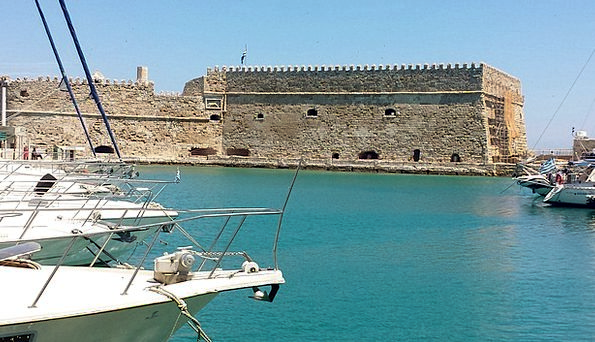 Heraklion Harbor Castle Fortress Port Island Of Cr