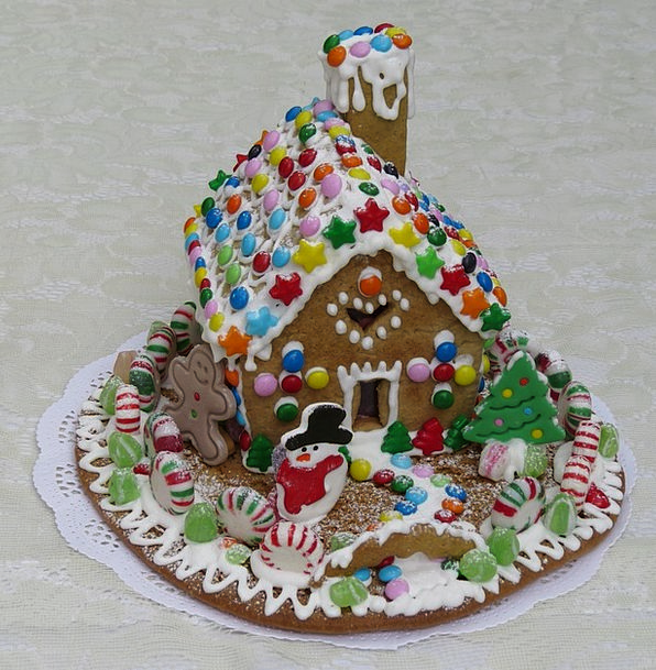 Gingerbread House Pie Gingerbread Pastry Decoratio