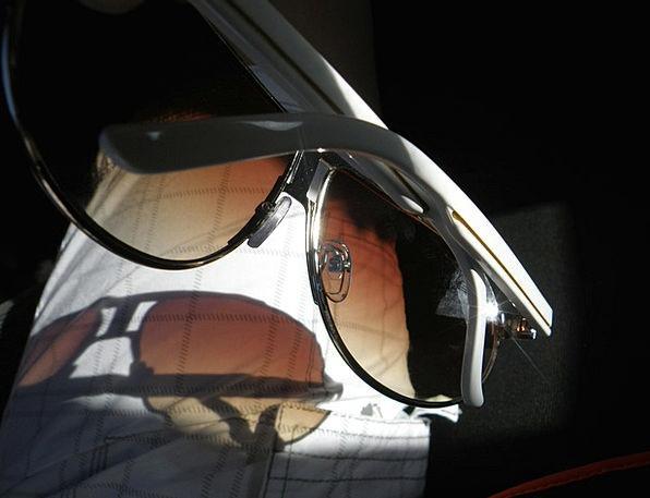 Sunglasses Shades White Snowy Sun Shadow Gumshoe