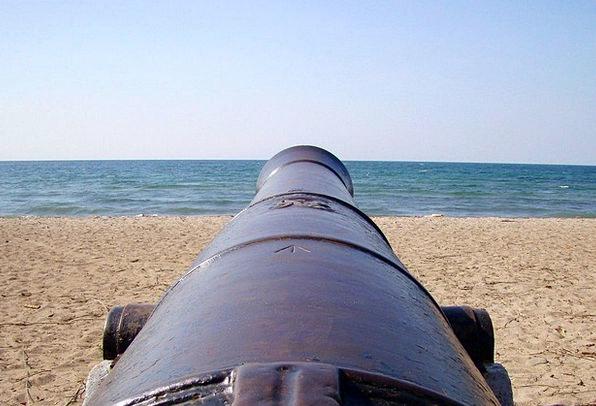 Gun Firearm Vacation Travel Beach Seashore Cannon