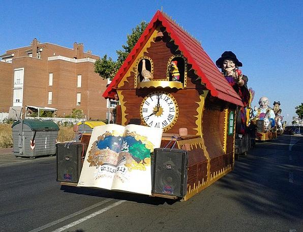 Floats Drifts Drift Parade Procession Float Ride T
