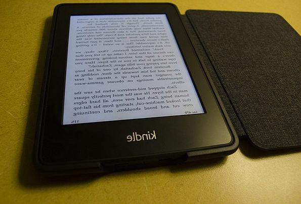 Kindle Spark E-Book E-Reader Amazon Ebook Reader