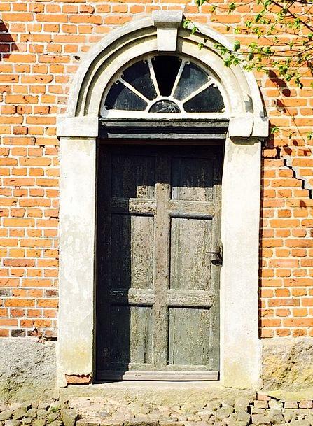 Door Entrance Semicircular Window Brick Building S