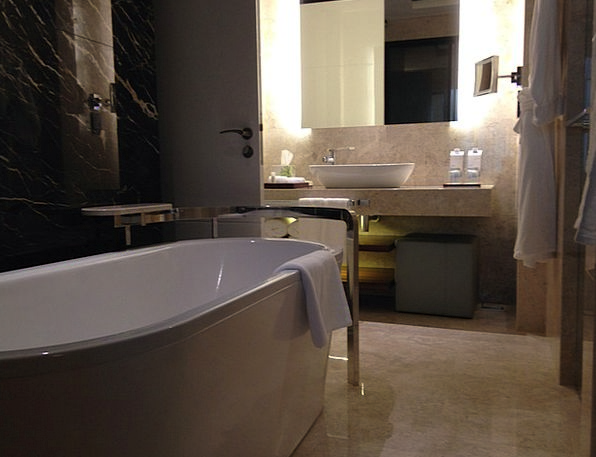 Bathroom Lavatory Restroom Washing Laundry Washroo