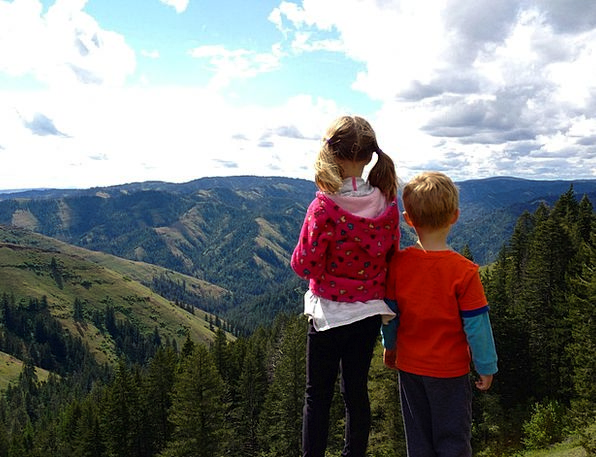 Children Broods Landscapes Mountaineering Nature N