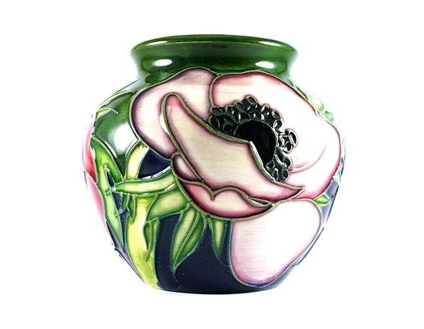 Pot Vessel Urn Flower Pot Vase Porcelain Flower Va