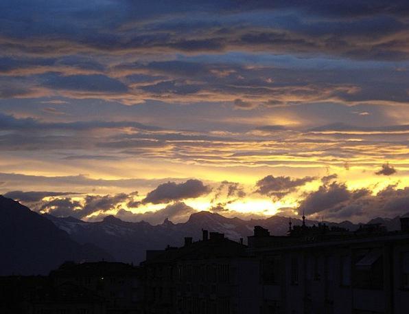 Dawn Beginning Landscapes Nature Clouds Vapors Ris