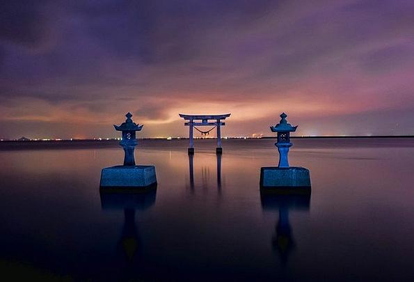 Japan Vacation Memorial Travel Torii Shrine Sea Ma