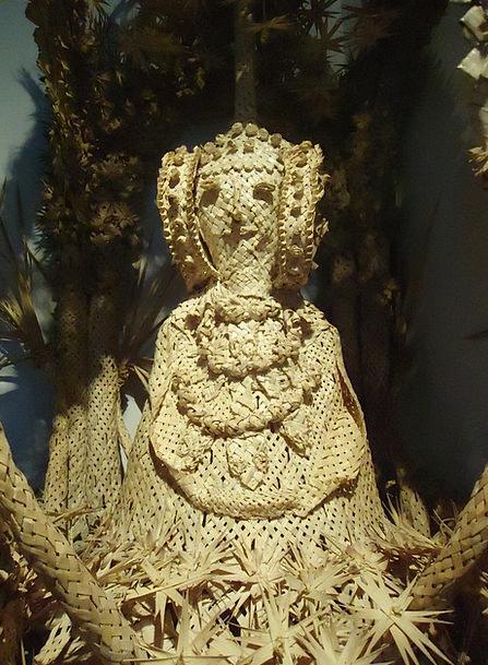 Elche Palms Tributes Palma White Snowy Memory Trad