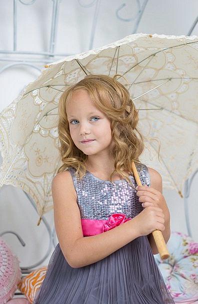 Girl Lassie New Pretty Attractive Young Cute Model
