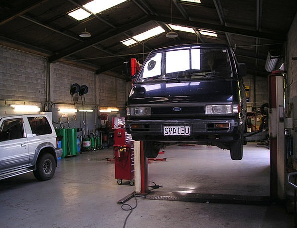 Workshop Shop Bus Car Vw Lift Boost New Zealand