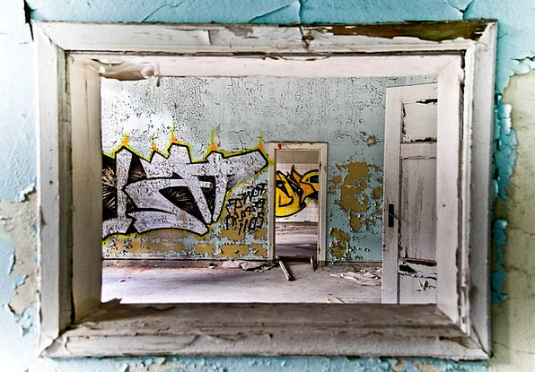 Graffitti Old Building Old House Lonely House Forg