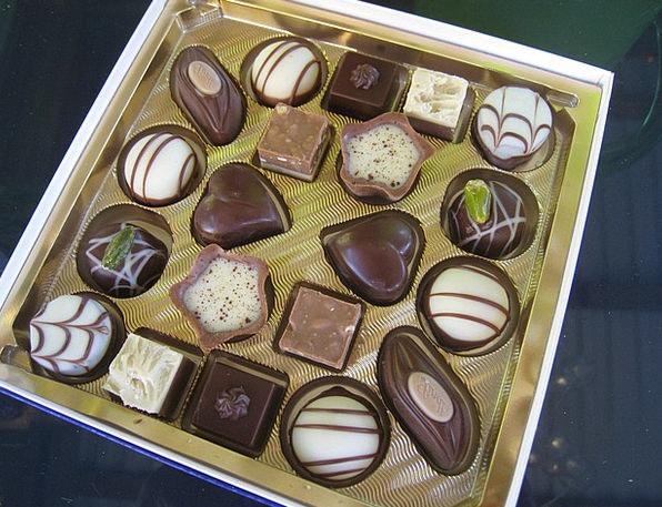 Mini-Chocolates Brown Ash Residue Chocolate Colors