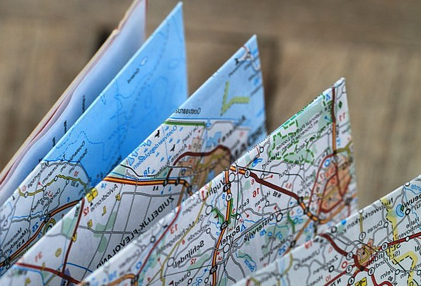 folding map travel route road map kartenweek auto