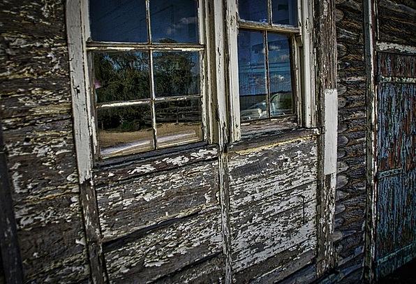 Window Gap Torn Peeling Flaking Tattered Shabby Pa