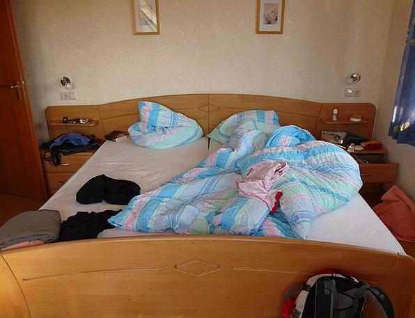 Bed Divan Area Hotel Guesthouse Room Sleep Slumber